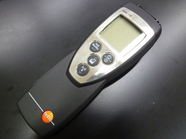 NTC高精度温度計 High precision thermometer
